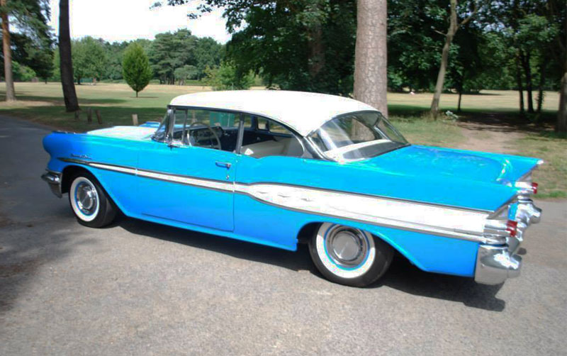 1957 Pontiac Chieftain - Isobelle
